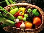 Naturalne czy sztuczne? – czyli jak jeść zdrowo. Produkty naturalnego pochodzenia robią w ostatnim czasie niemałą furorę.